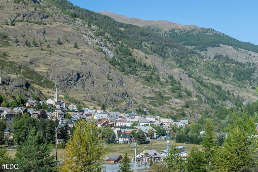 Village de aiguilles vall es de malrif et de peynin queyras hautes alpes alpes du sud - Office de tourisme queyras ...