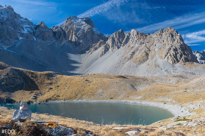 Randonn e au lac saint anne depuis le lac miroir ceillac for Au dela du miroir