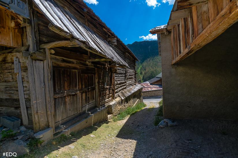 arrivee le coin vieux village