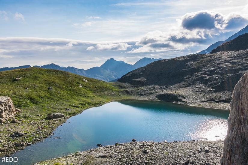 Le lac d'Asti face au Mont Viso