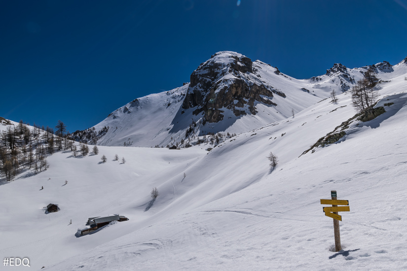 Panneau sous la neige au Collet