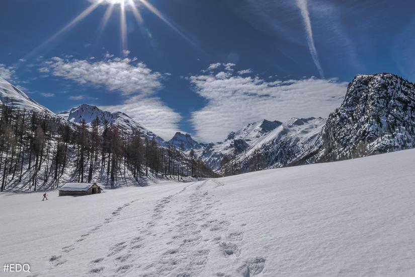 Le chalet d'alpage de la Médille sous la neige