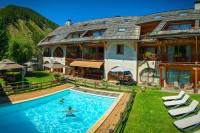 Hôtel *** Restaurant Spa La Ferme de l'Izoard à ARVIEUX