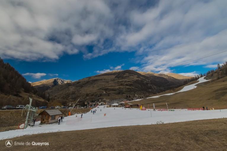 Le front de neige d'Abries 23 decembre 2015 - passage Téléski
