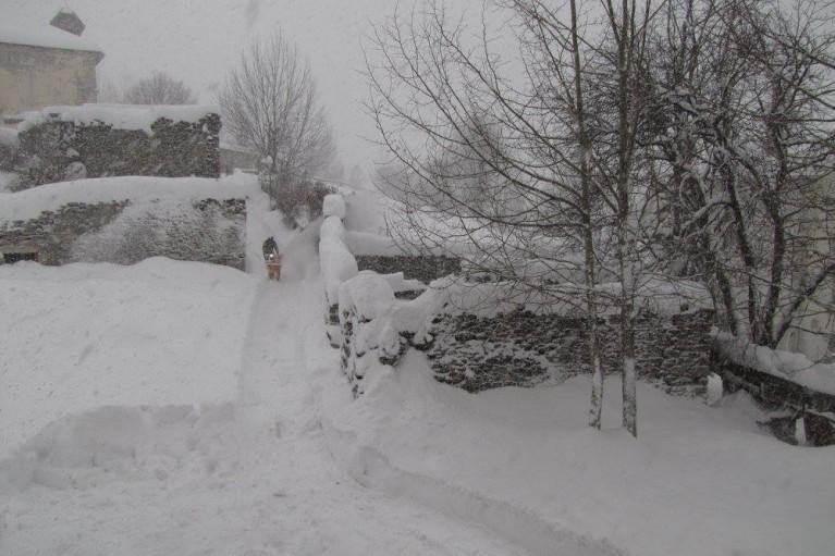 souffleuse neige echalp sous eglise