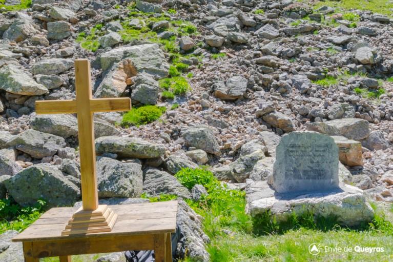 stele pasteur cadier fete alpages clapeyto 2016